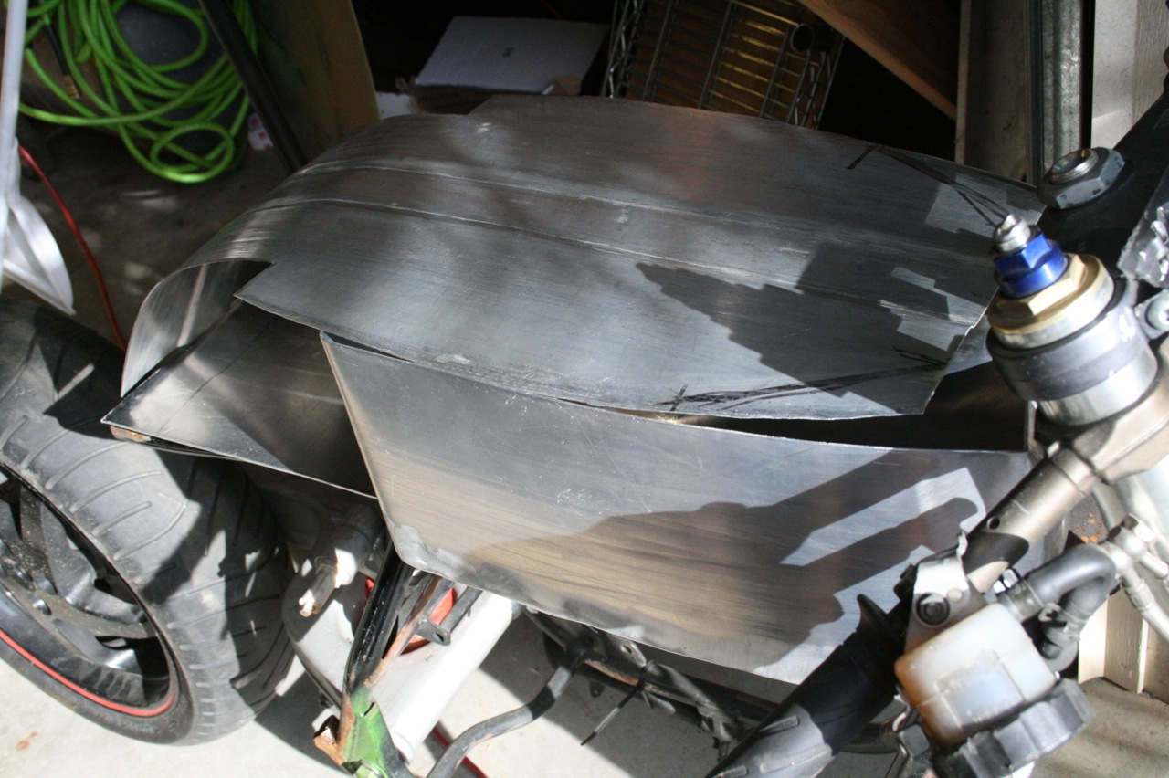 aluminum gas tank moves along for the h1 cafe racer project