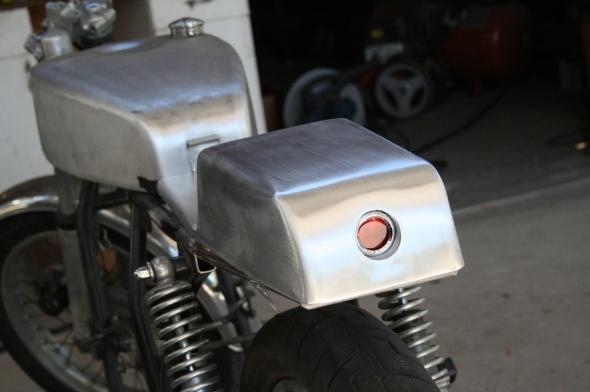 Aluminum oil tank seat