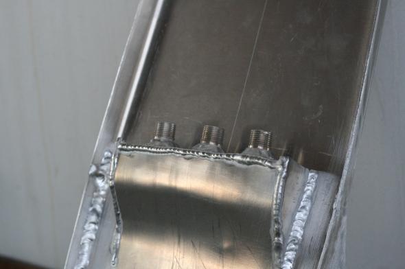 Aluminum oil tank in cafe racer seat cb750