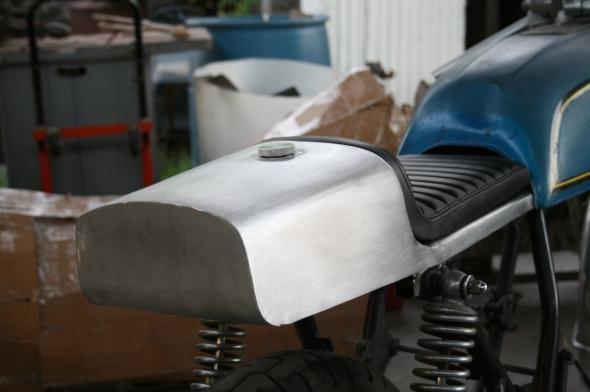 Aluminum Cafe Racer oil tank